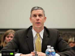 Arne-Duncan Flickr_House-Committee-on-Education-and-the-Workforce-Dem