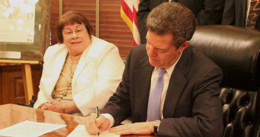 Brownback signs drug testing