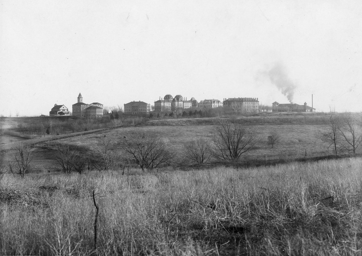 Campus panorama looking south, Spooner on the far left and Fowler on the far right, 1906. (Photo Courtesy of Spencer Research Library)