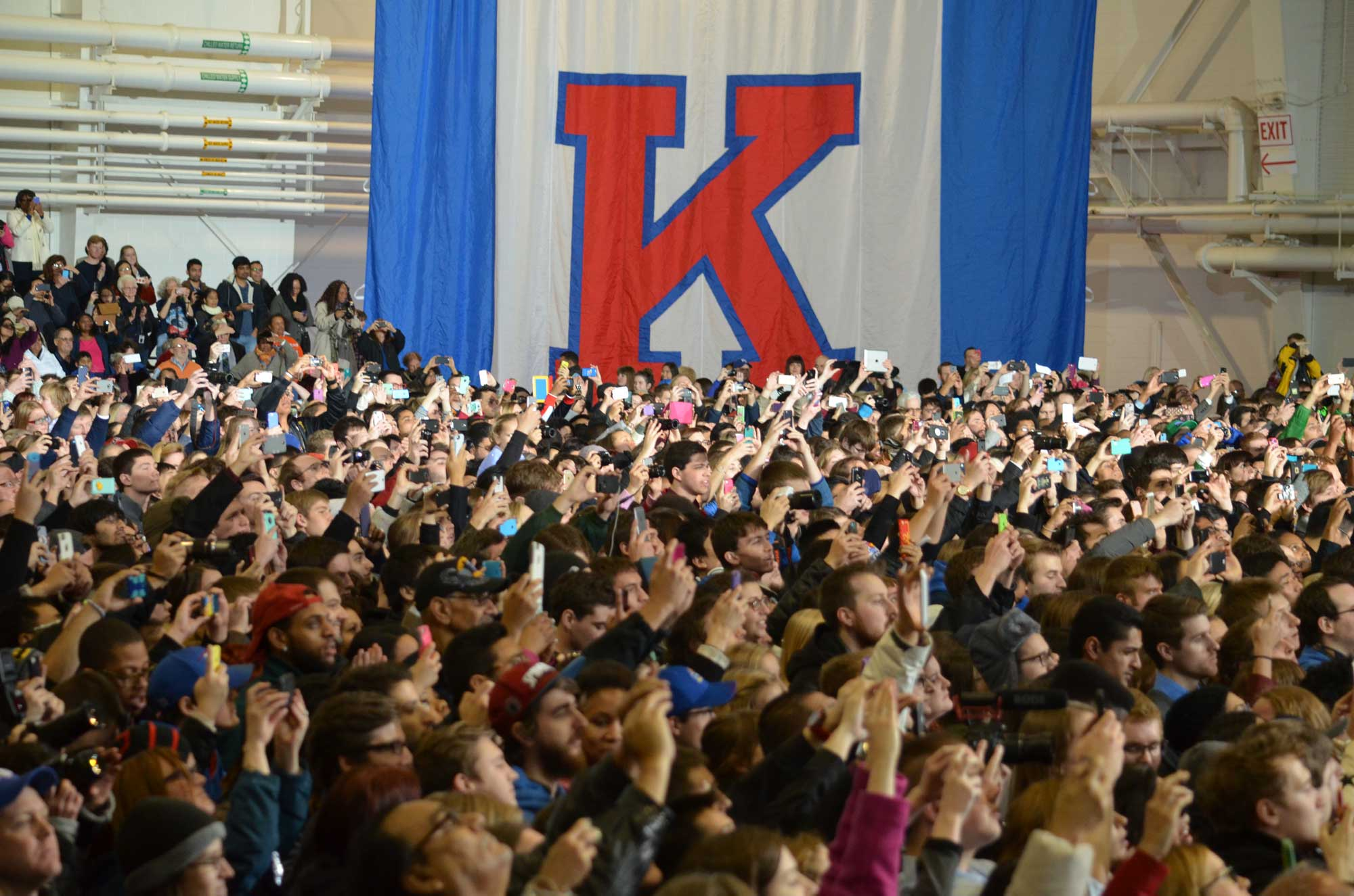 Students cheer for President Barack Obama inside the Anschutz Sports Pavilion. (Photo by Sheri Hamilton/KPR)