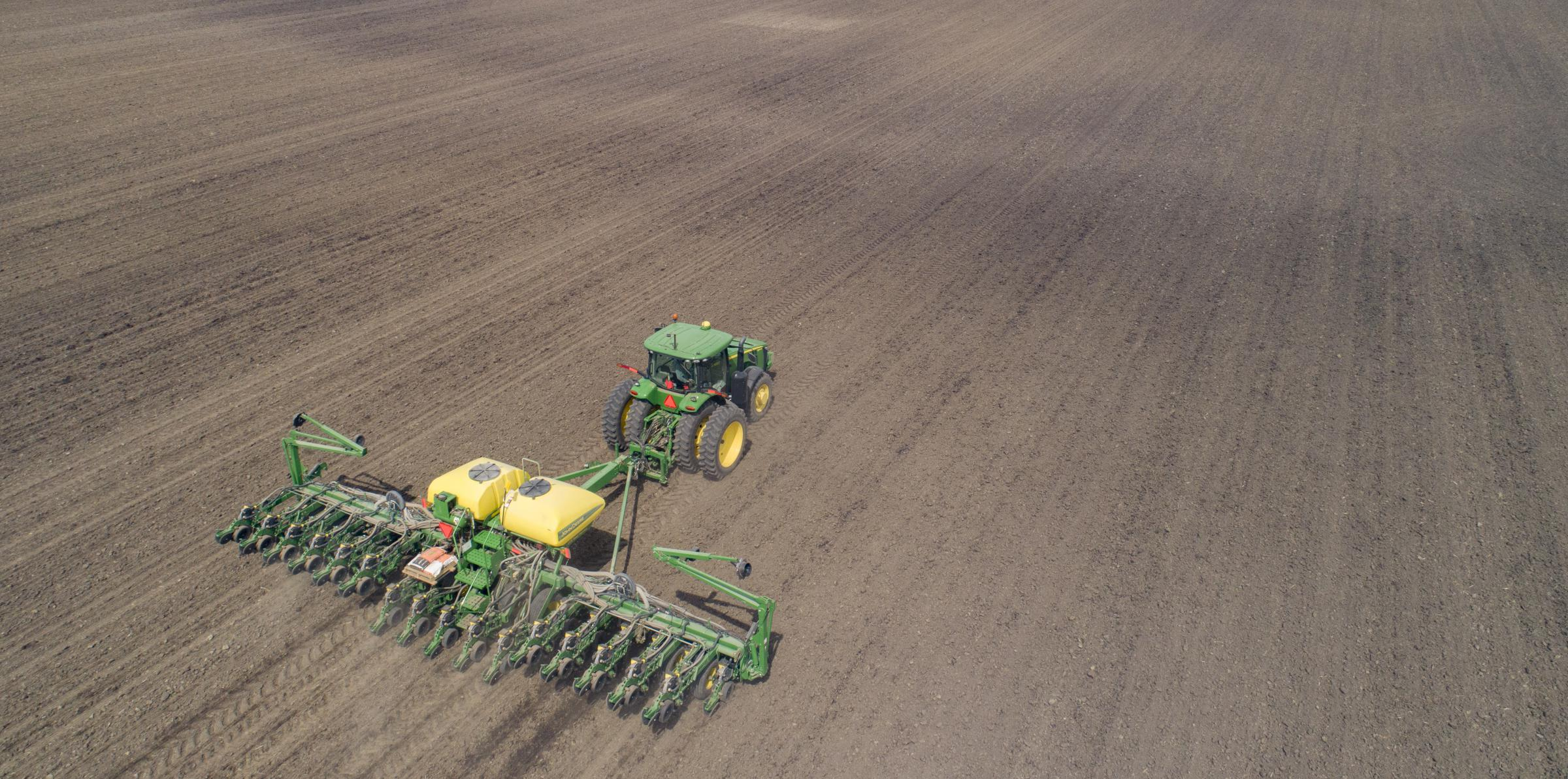 Planting is underway in much of the Midwest, and after planting, comes pesticide-spraying season. (photo credit: Darrell Hoemann, Midwest Center for Investigative Reporting)