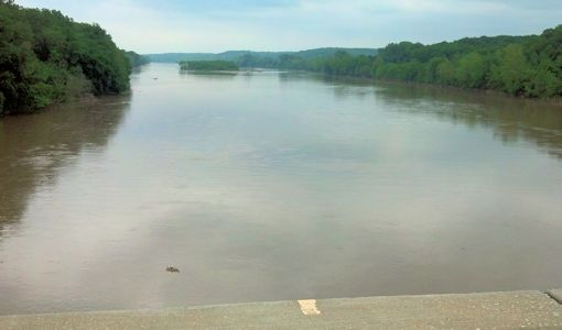 The Kansas River at Lecompton (Image credit: Arin Peters, USGS)
