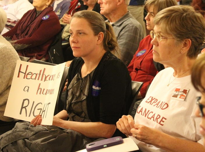 About 200 people recently rallied at the Statehouse in support of KanCare expansion. (Photo: Jim McLean)