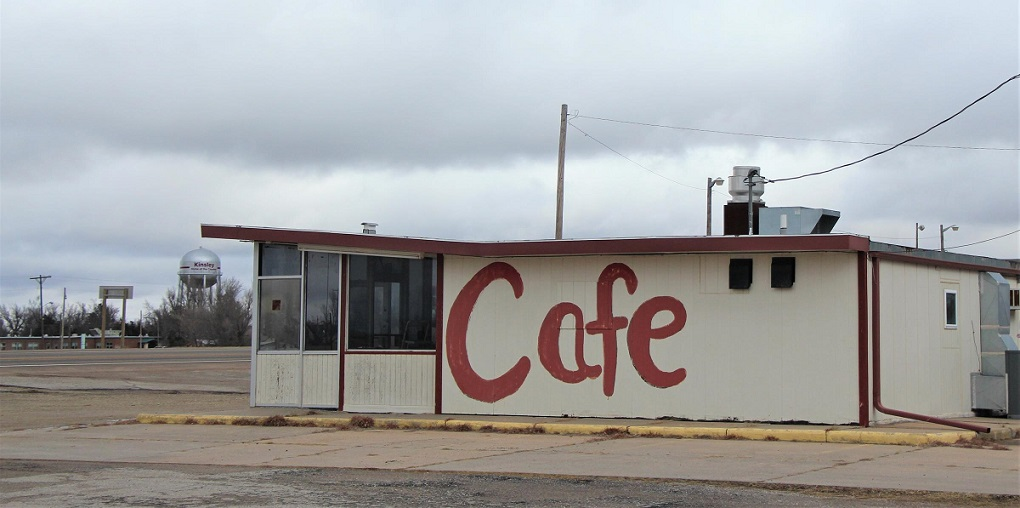 Business is slow at the local café in Kinsley in west-central Kansas. As of the 2010 census, the population was 1,457 and residents say it has dwindled since that census count. (Photo Credit: Celia Llopis-Jepsen, Kansas News Service)