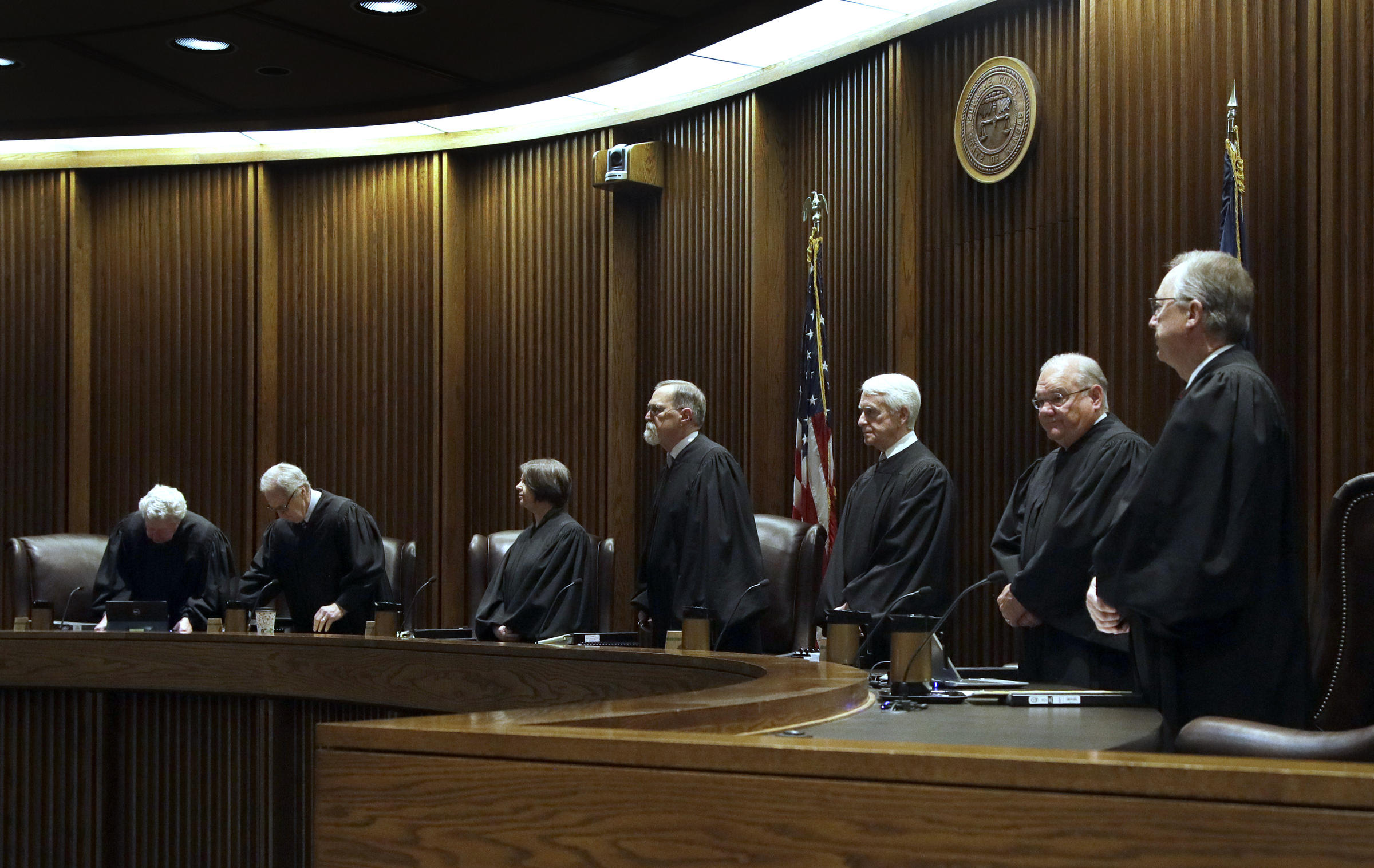 Supreme court inclined to save obamacare as covid