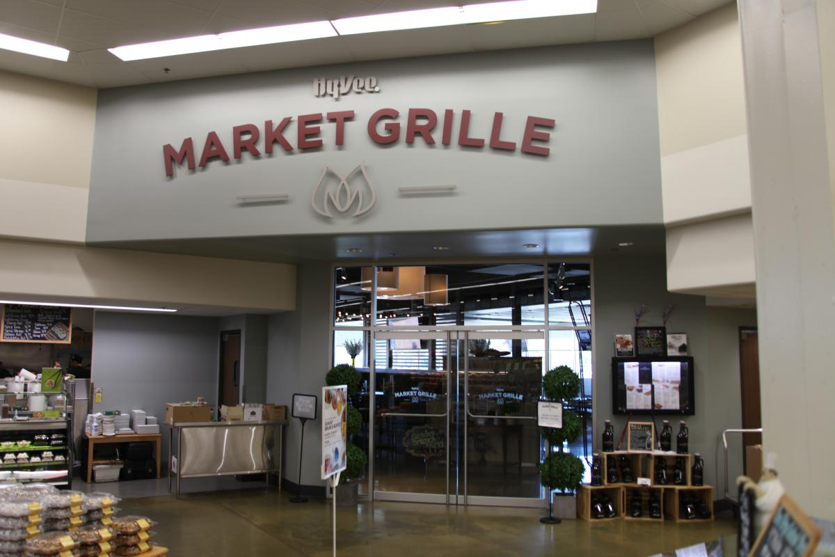 Hy-Vee has opened 115 Market Grille restaurants in its grocery stores, including this one in Columbia, Missouri, in a move to provide a more full-service food service experience for customers.  (Photo by Kristofor Husted / Harvest Public Media)