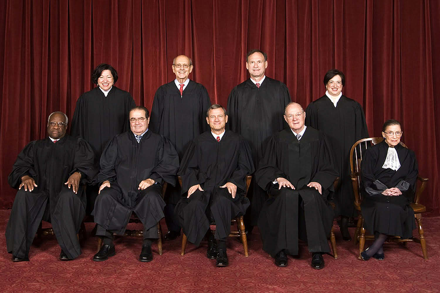 (photo credit:Steve Petteway, Collection of the Supreme Court of the United States - Roberts Court (2010-) - The Oyez Project)