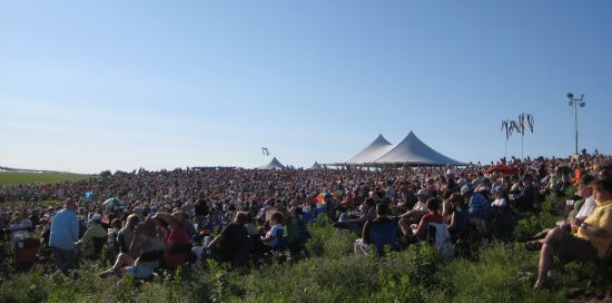 The crowd attending the 2008 Symphony in the Flint Hills (Image credit: Dave Leiker, via flyoverpeople.net)