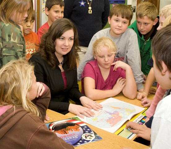 Program director Megan Felt with students at the Center (photo credit: The Lowell Milken Center)