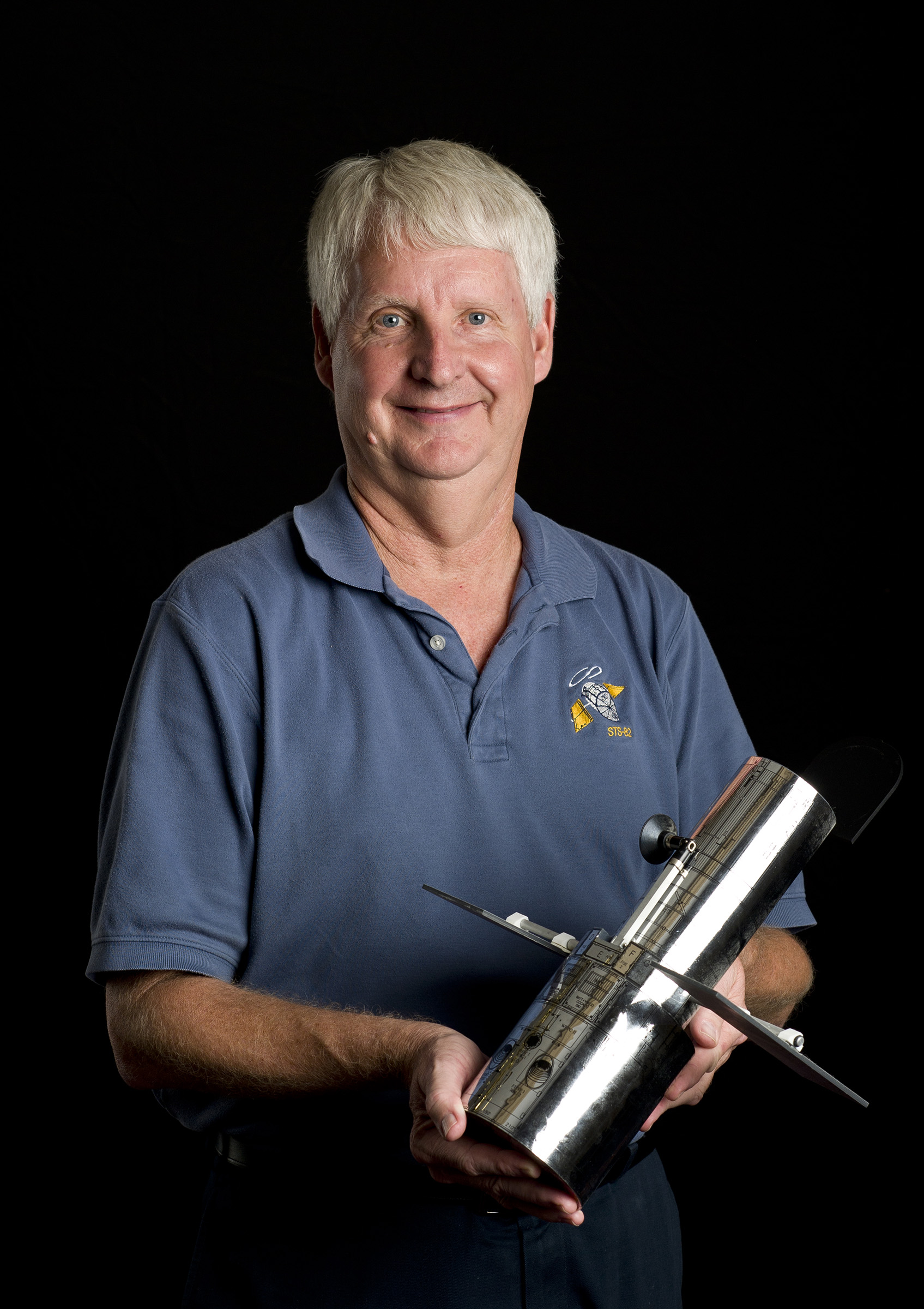 Retired NASA astronauts and University of Kansas alumni Joe Engle and Steven Hawley (pictured) will be grand marshals of the KU Homecoming Parade on Friday, October 6, in downtown Lawrence. A meet and greet with Kansas Athletics will precede the parade at South Park.