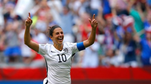 To the delight of American fans, Carli Lloyd of the United States scored a hat trick in the first 15 minutes of the FIFA Women's World Cup Final against Japan on Sunday.
