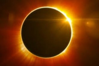 Thousands of people are expected to show up in northeast Kansas to see the total solar eclipse next Monday (August 21)..