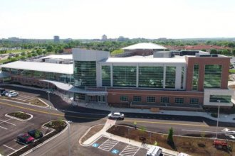 The new KU hospital at 107th Street and Nall Avenue will focus on women's oncology. (Photo: University of Kansas Health System)