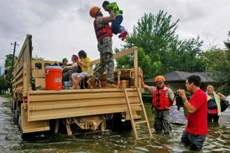 Texas National Guard soldiers assist residents affected by flooding caused by Hurricane Harvey in Houston, Aug. 27, 2017. National Guard photo by Lt. Zachary West (via www.defense.gov)