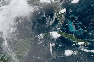 A massive cloud of dust from the Sahara Desert is arriving along the U.S. Gulf Coast this week after traveling across the Atlantic Ocean. The dust will move over the Southeastern United States after reaching the U.S. shore.