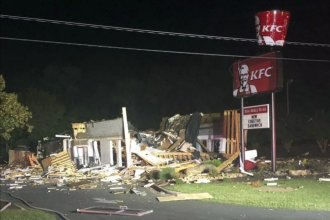 Police say nobody was injured when a KFC restaurant in Eden, N.C., was destroyed in an overnight explosion.