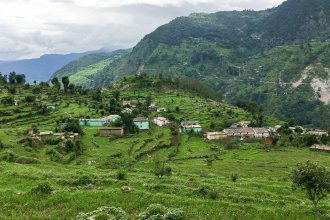 In the upper reaches of the northern state of Uttarakhand, small villages are rain- and snow-fed. As snowfall has declined, farmers are starting to plant crops in winter, when fields would usually lie fallow.