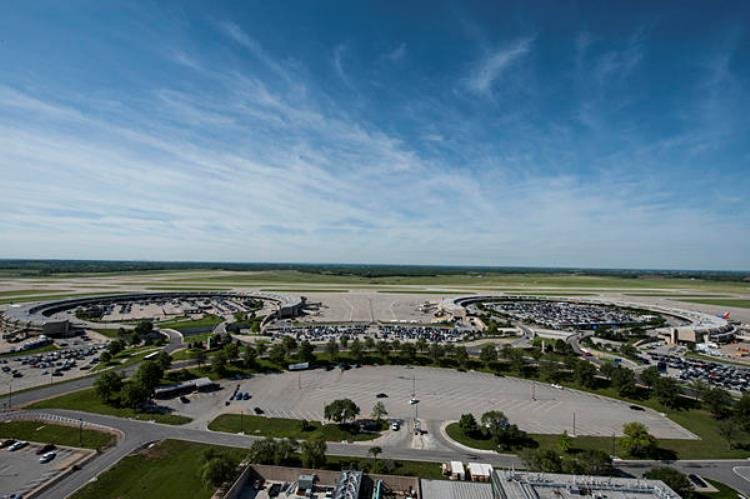 A selection committee has recommended Edgemoore Infrastructure & Real Estate to design, build and finance a new terminal at KCI. (Photo: Julie Denesha, KCUR Radio)