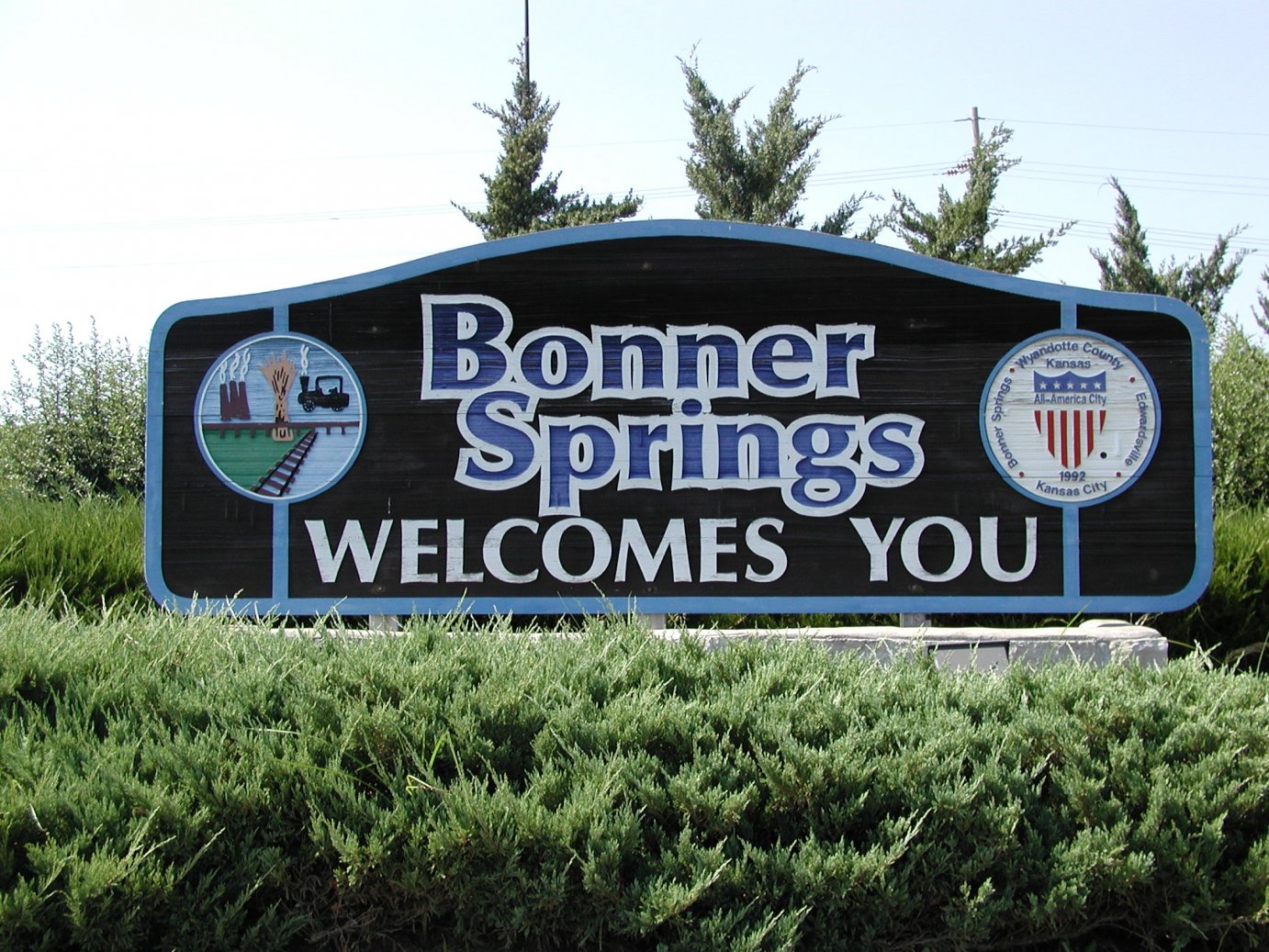 Welcome sign to the City of Bonner Springs, Kansas.