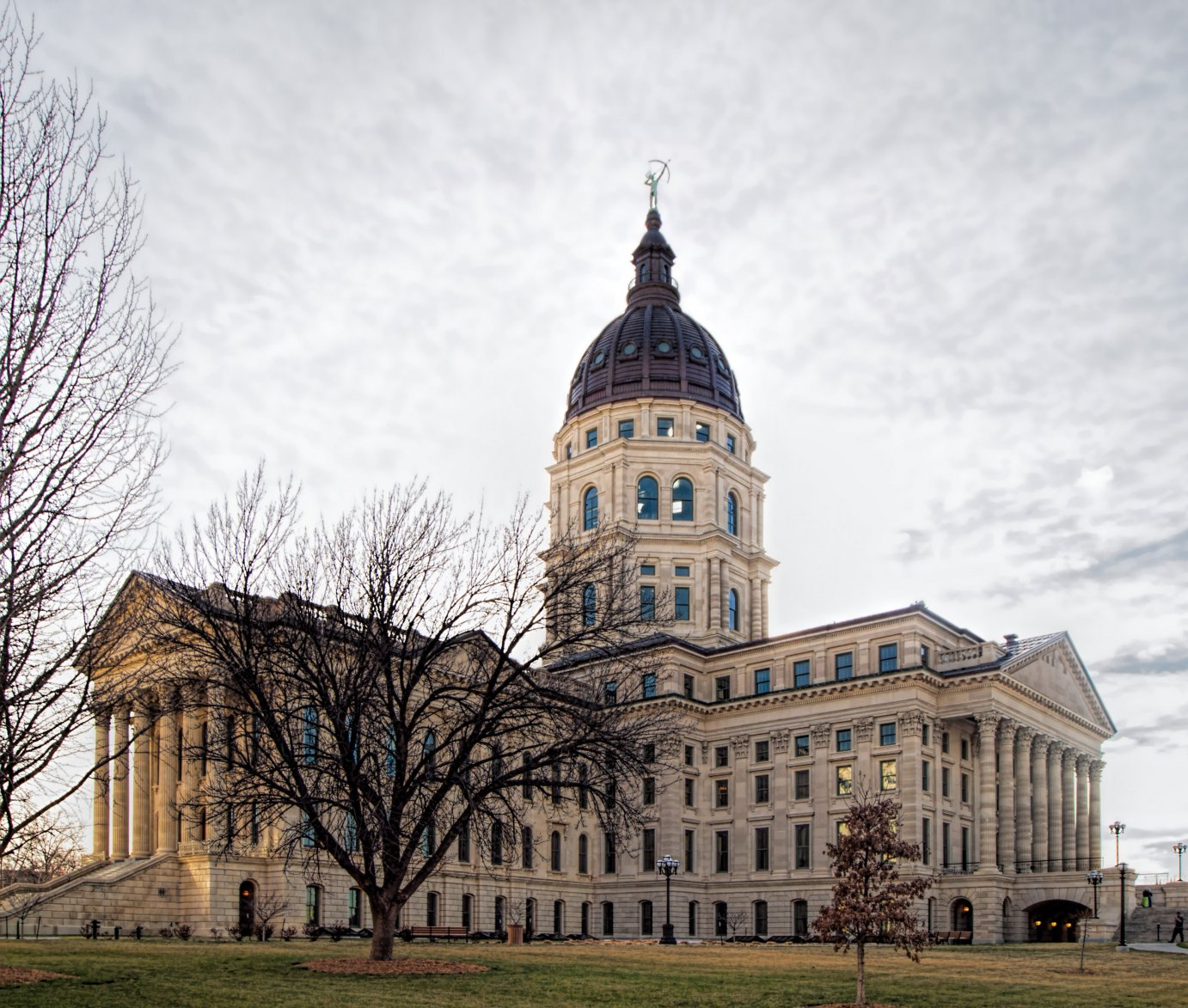 Kansas Statehouse building (Photo by Dan Skinner)
