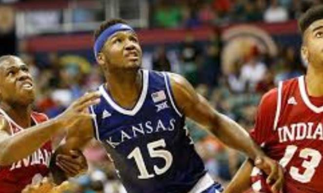 Authorities dismissed a battery charge against University of Kansas basketball player Carlton Bragg Jr.