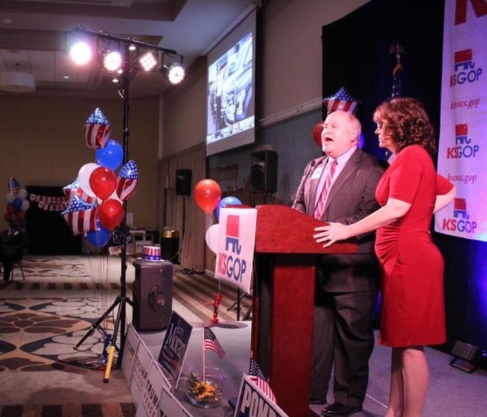 State Treasurer Ron Estes speaks at a GOP watch party on Election Night. (Photo: Nadya Faulx, KMUW)