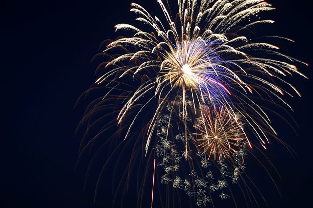 Fireworks light the night sky during the Independence Day Celebration at Whiteman Air Force Base, Mo., June 30, 2016. (photo credit: U.S. Air Force/Senior Airman Danielle Quilla)