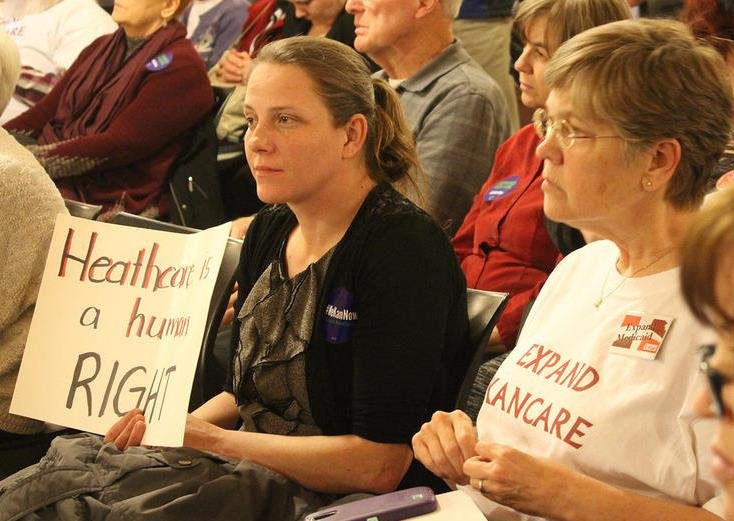 Supporters of Medicaid expansion filled a wing of the Statehouse for a rally before a House committee began a hearing on a bill that would expand eligibility for KanCare, the state's privatized Medicaid program. (Photo: Susie Fagan, Kansas News Service)