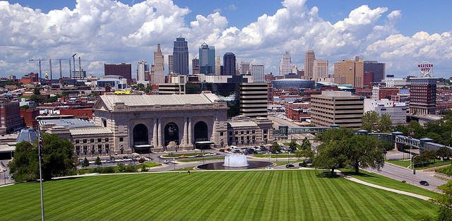 Federal officials have picked Kansas City as the next location for offices, and scores of high-end jobs, that perform research for the U.S. Department of Agriculture. The work would shift to the Midwest from Washington, D.C. (Photo by Allen Brewer, Flickr-CC)