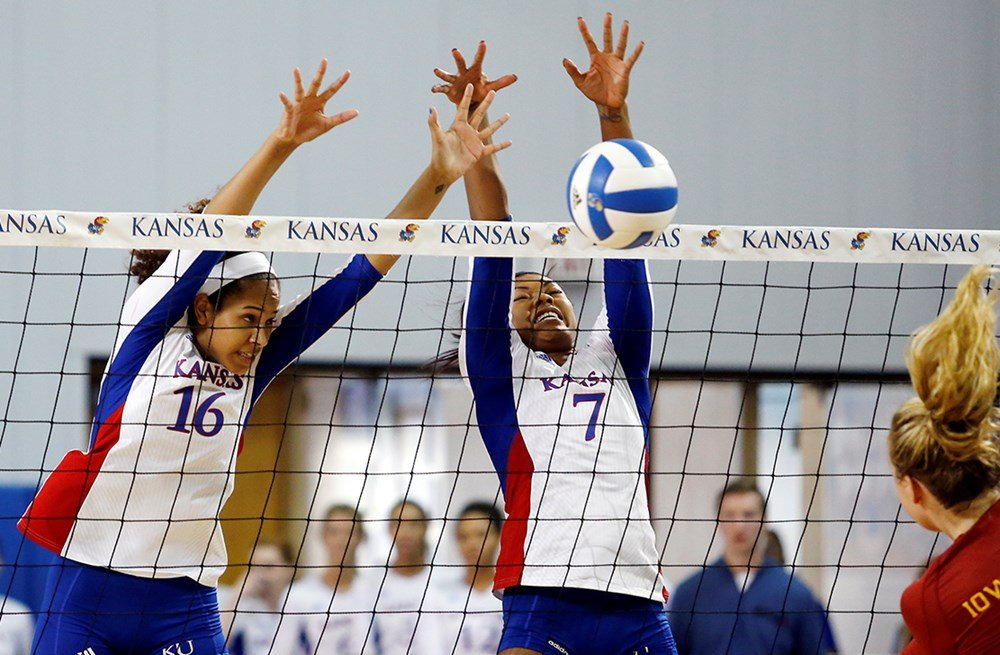 The KU Volleyball team remains perfect so far this season. (Photo by Laura Jacobsen, Kansas Athletics)