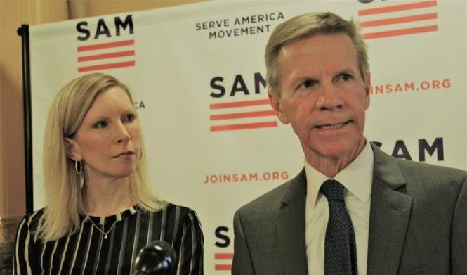 Sarah Lenti, left, CEO of the Serve America Movement, and Scott Morgan, right, chair of Kansas Party of the Center, announce an alliance Wednesday at a Statehouse news conference. (Photo Credit: Kansas News Service)