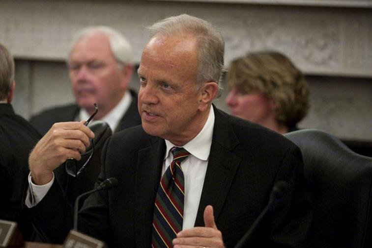 Moran spoke to a gathering of constituents in Topeka before leaving for a briefing in Washington.