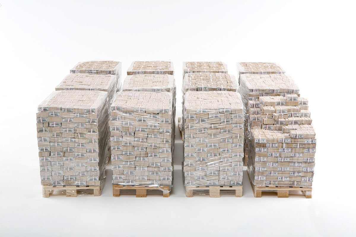 When converted into $100 bills, here's what one billion dollars looks like on wooden pallets. (Photo from Wikipedia)