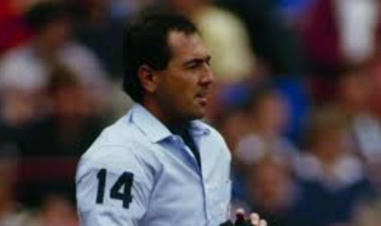 Palermo was shot in 1991 trying to help two robbery victims. He later worked as an umpire supervisor at Kauffman Stadium.