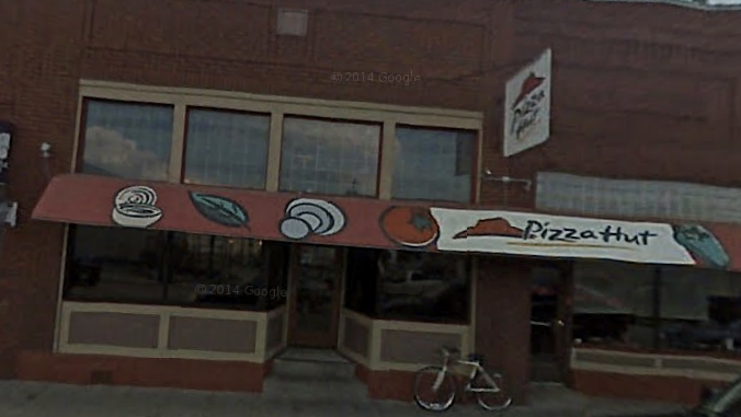 A Google Maps photo of the Aggieville Pizza Hut Restaurant