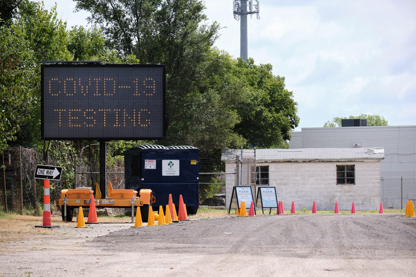 A coronavirus testing site in Sedgwick County. (Photo by Brian Grimmett, Kansas News Service)