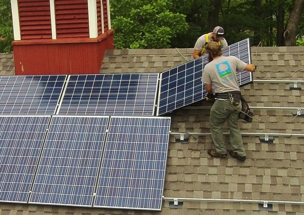 The utility wants to add charges for solar energy users because they use the same infrastructure as other customers. (Photo: Cromwell Solar)