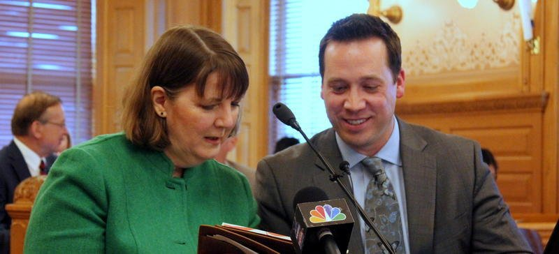 Lori Taylor and Jason Willis explain their report to lawmakers last month. (file photo/Kansas News Service)