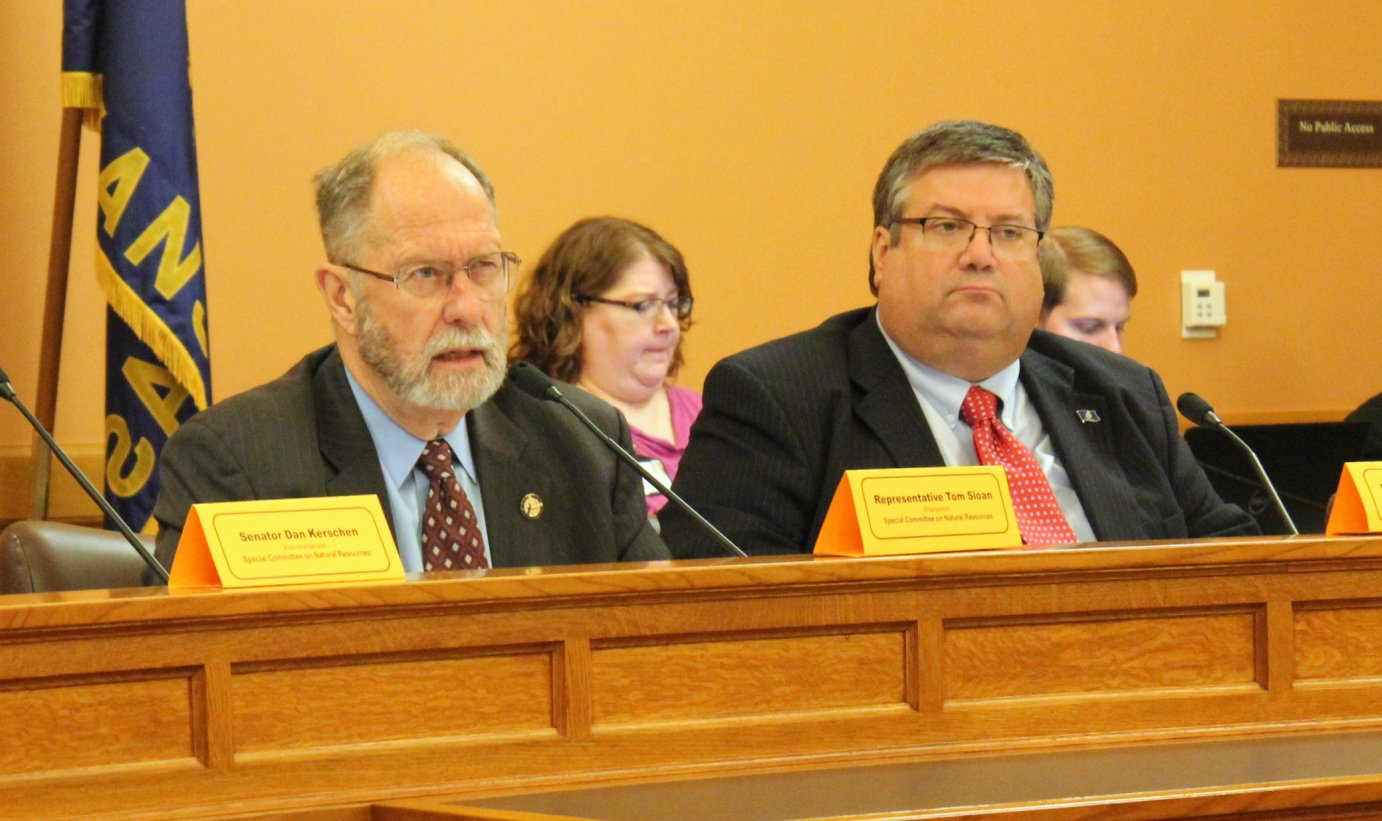 Reps. Tom Sloan (left) and Ken Rahjes during the meeting in Topeka. (Photo by Stephen Koranda)